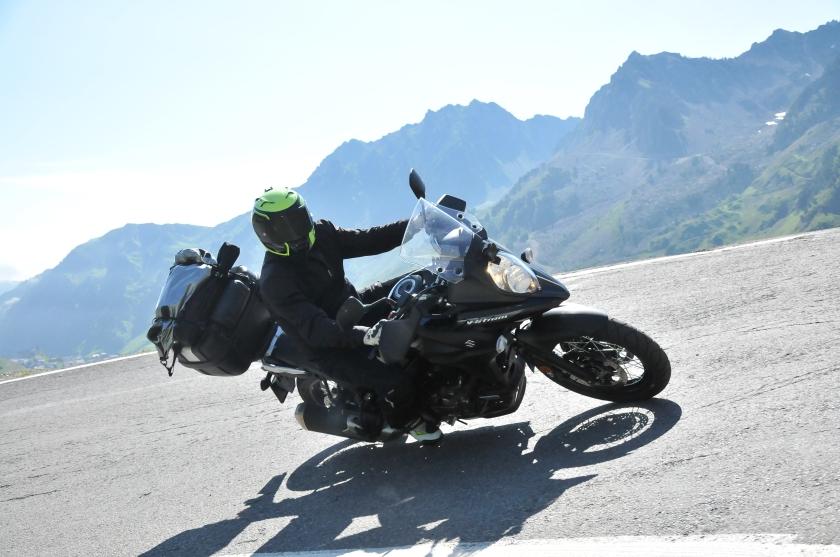 motorouring, motocicleta, motorbike, motorurismo, big trail, moto, adventure bike, viaje en moto, rutas en moto, turismo en moto suzuki, v-strom, dl650, tourmalet