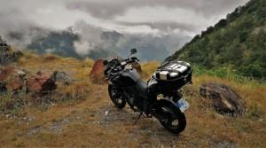 moto, valle, niebla, nubes, panoramica