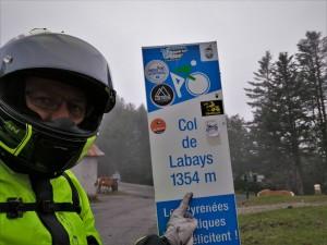 Labays, col, puerto de montaña, señal, motero, casco
